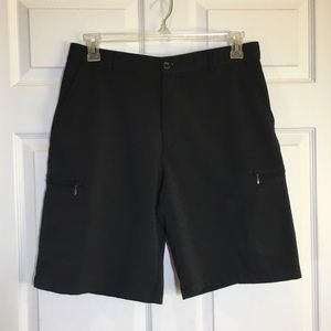 IZOD Golf Flex Straight Fit 6 Pocket Golf Shorts